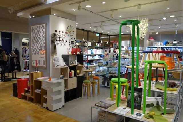 センプレの新宿店