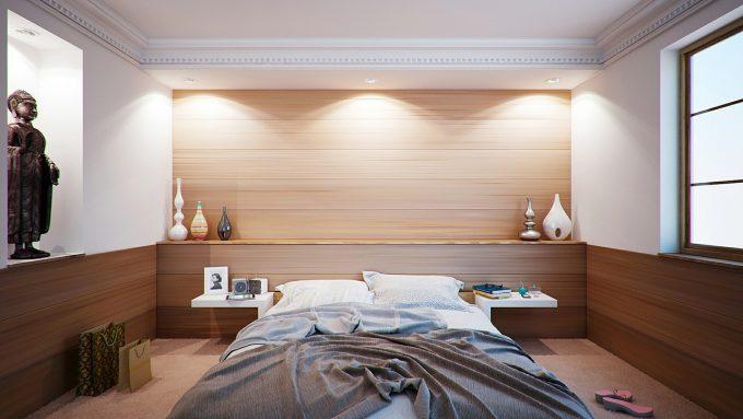 寝室のベッドの向き