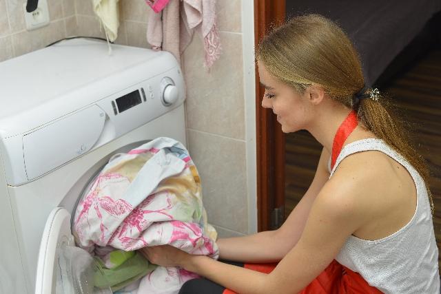 カーテンのカビを洗濯する
