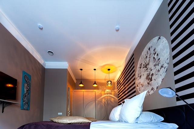 寝室の照明の色