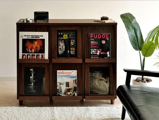 ディスプレイ型の本の収納棚