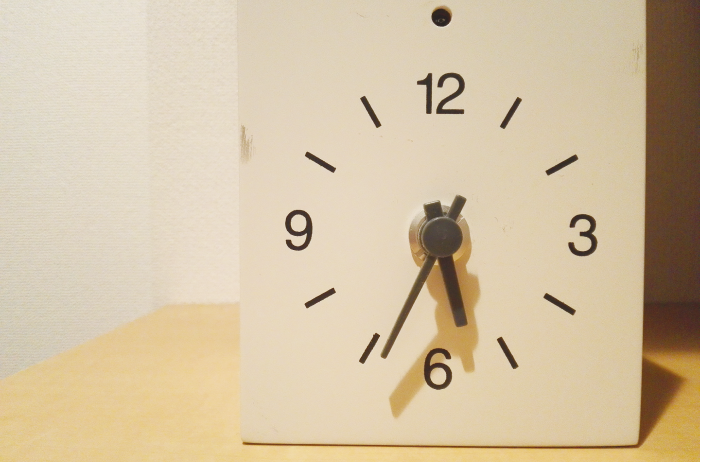 無印良品のシンプルな鳩時計