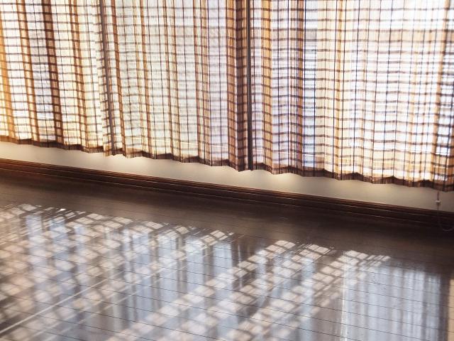 和室のすだれカーテン