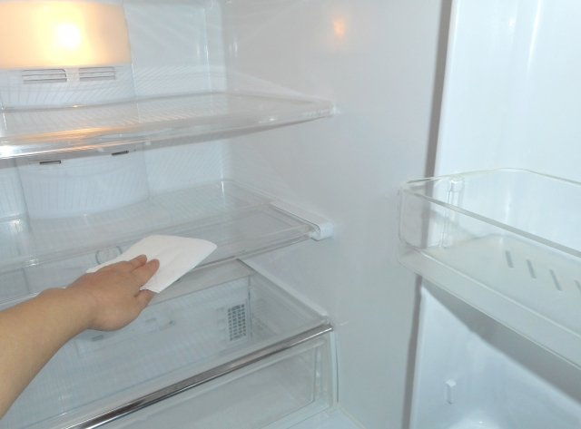 冷蔵庫の掃除の手順