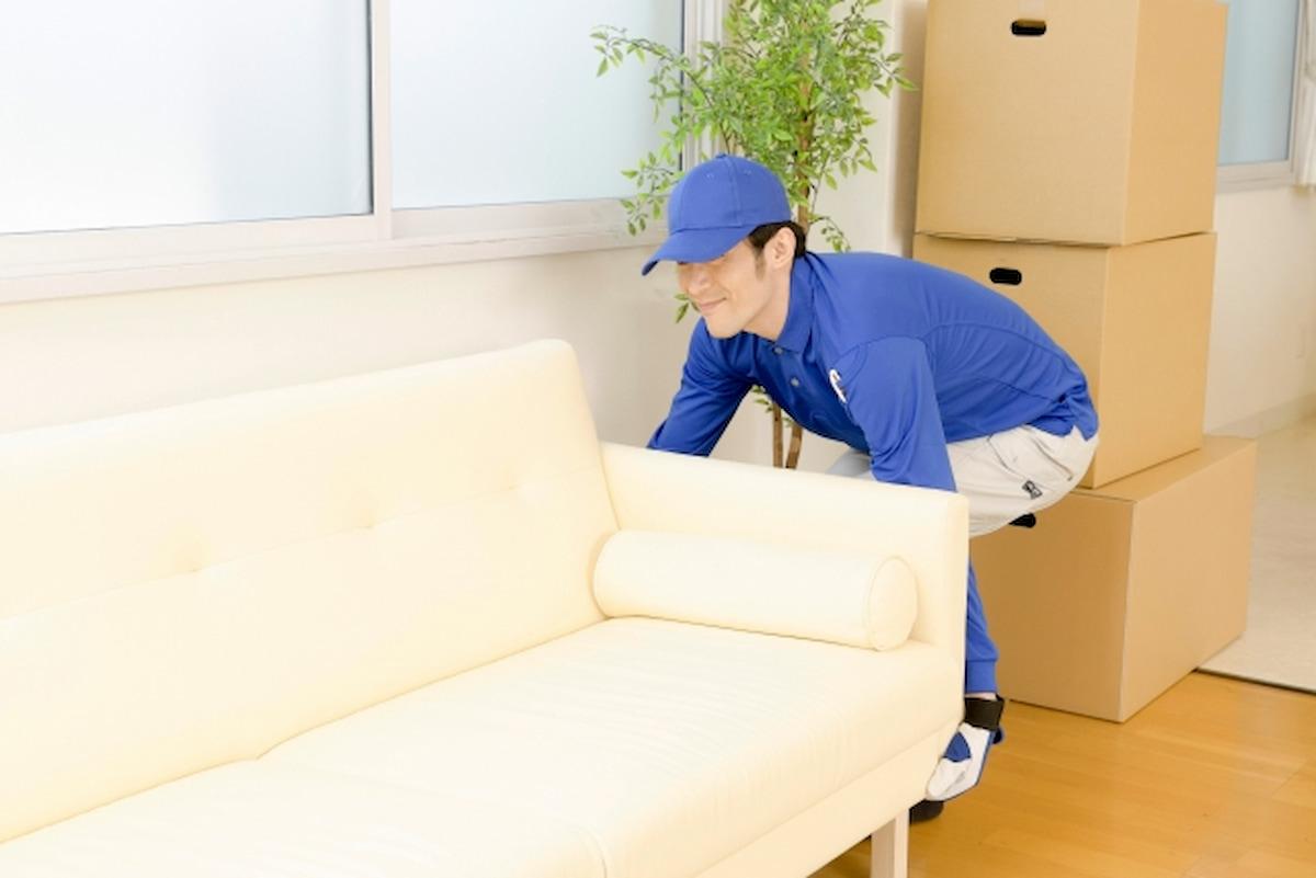 家具を受け取る